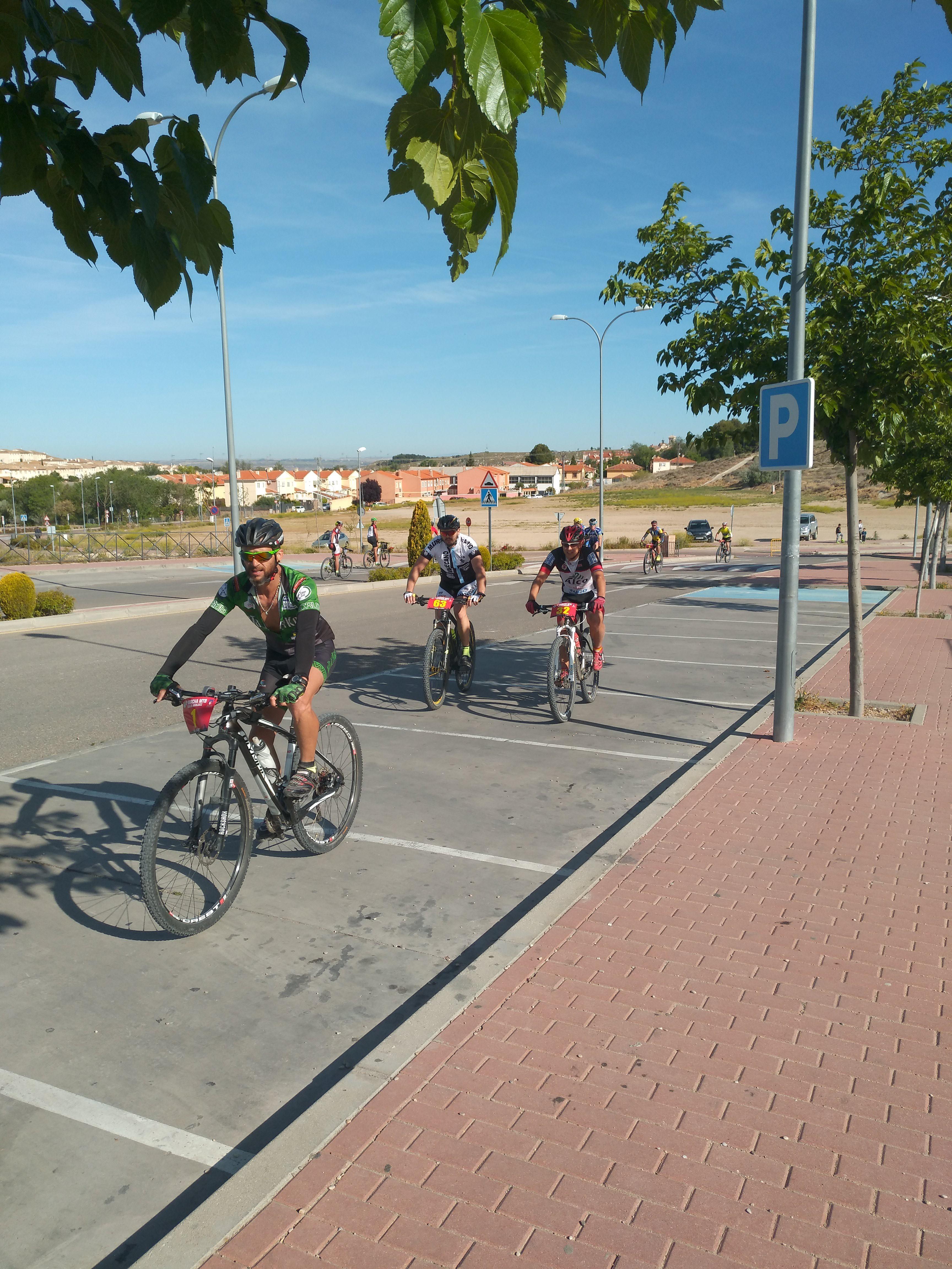 Paso por el municipio de la 9 marcha del club mtb for Busco trabajo en aranjuez