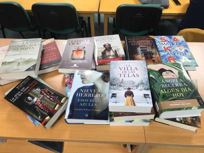 Ampliado el fondo de la Biblioteca con las ultimas novedades literarias
